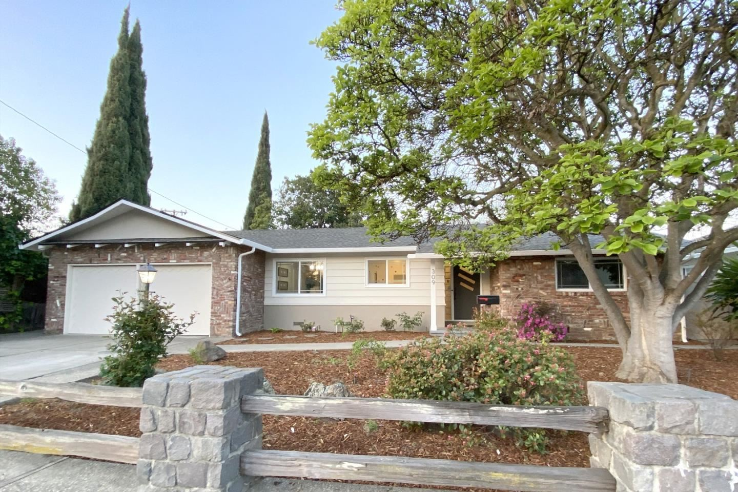 Photo for 309 Camille CT, MOUNTAIN VIEW, CA 94040 (MLS # ML81837128)