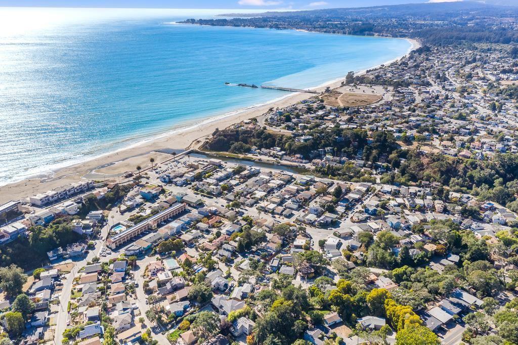 Photo for 229 Aptos Beach Drive, APTOS, CA 95003 (MLS # ML81865129)