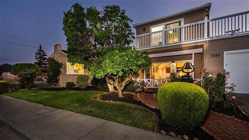 Photo of 1090 Cedar ST, SAN CARLOS, CA 94070 (MLS # ML81811131)