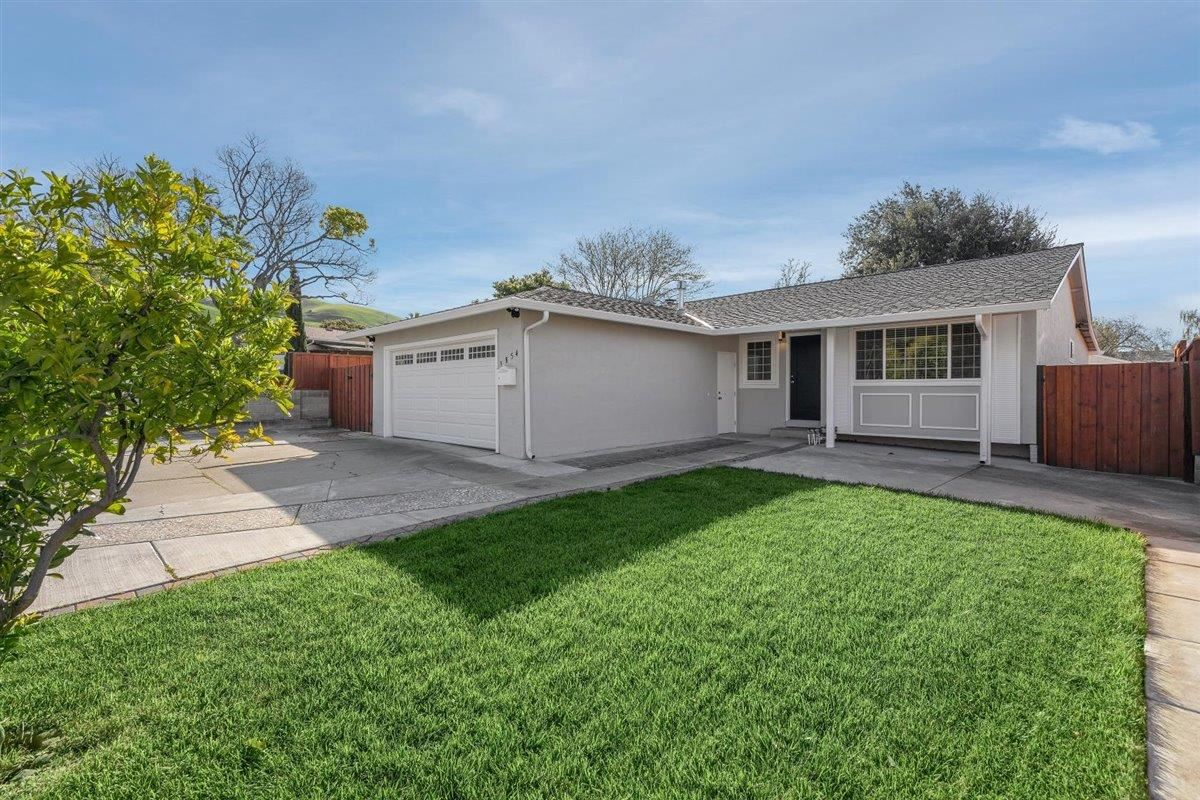 Photo for 1854 Golden Hills DR, MILPITAS, CA 95035 (MLS # ML81836131)