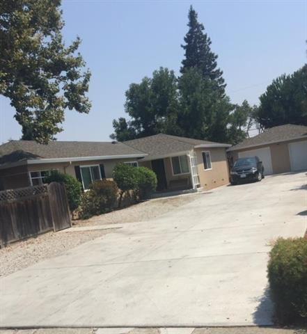 Photo of 612 Cypress AVE, SAN JOSE, CA 95117 (MLS # ML81838132)