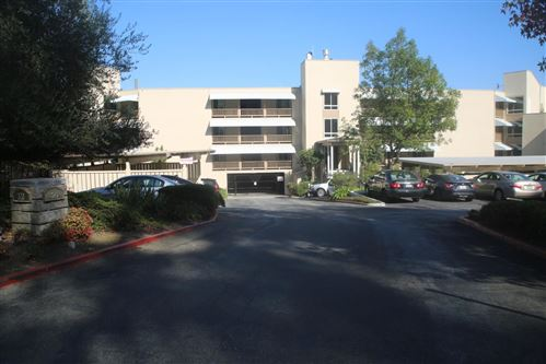 Photo of 320 Vallejo DR 9 #9, MILLBRAE, CA 94030 (MLS # ML81775133)