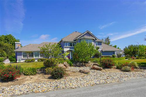 Photo of 6400 Four Corners Drive, HOLLISTER, CA 95023 (MLS # ML81844135)
