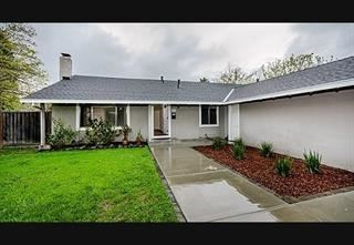 Photo of 215 Arroyo Grande WAY, LOS GATOS, CA 95030 (MLS # ML81827136)