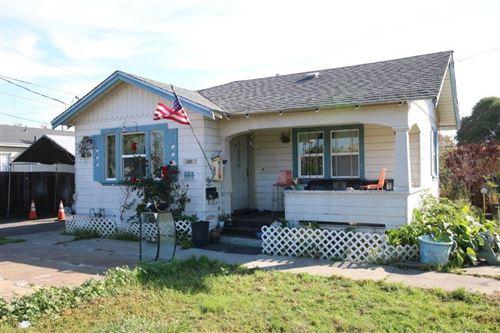 Photo of 806 W Sunset BLVD, HAYWARD, CA 94541 (MLS # ML81820137)