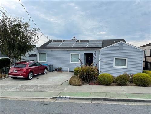 Photo of 452 Chestnut Avenue, SAN BRUNO, CA 94066 (MLS # ML81863139)