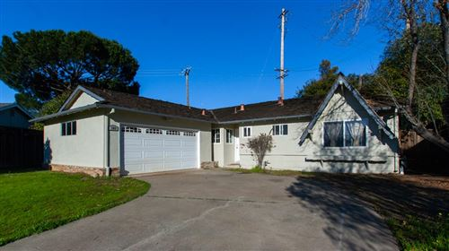 Photo of 103 Farm Hill WAY, LOS GATOS, CA 95032 (MLS # ML81831143)