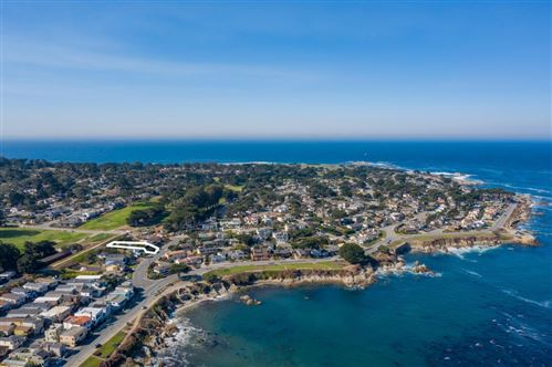 Photo of 859 Seapalm AVE, PACIFIC GROVE, CA 93950 (MLS # ML81810146)