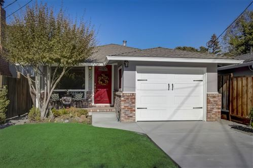 Photo of 305 Rutherford AVE, REDWOOD CITY, CA 94061 (MLS # ML81817147)
