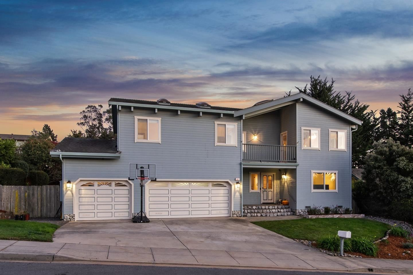 Photo for 665 Silver AVE, HALF MOON BAY, CA 94019 (MLS # ML81818147)