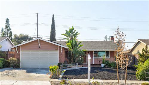 Photo of 440 Skyway DR, SAN JOSE, CA 95111 (MLS # ML81818151)