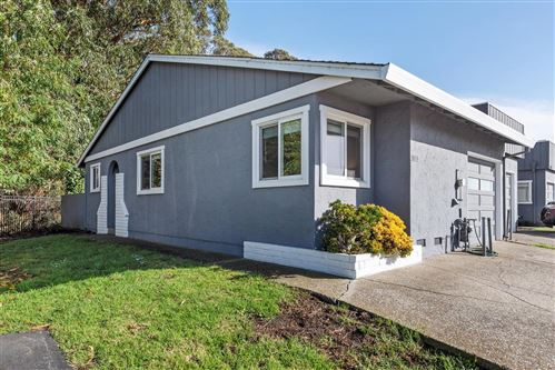 Photo of 1021 South Arnold Way, HALF MOON BAY, CA 94019 (MLS # ML81868154)
