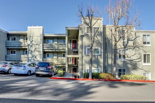 Photo of 4004 Farm Hill BLVD 305 #305, REDWOOD CITY, CA 94061 (MLS # ML81831155)