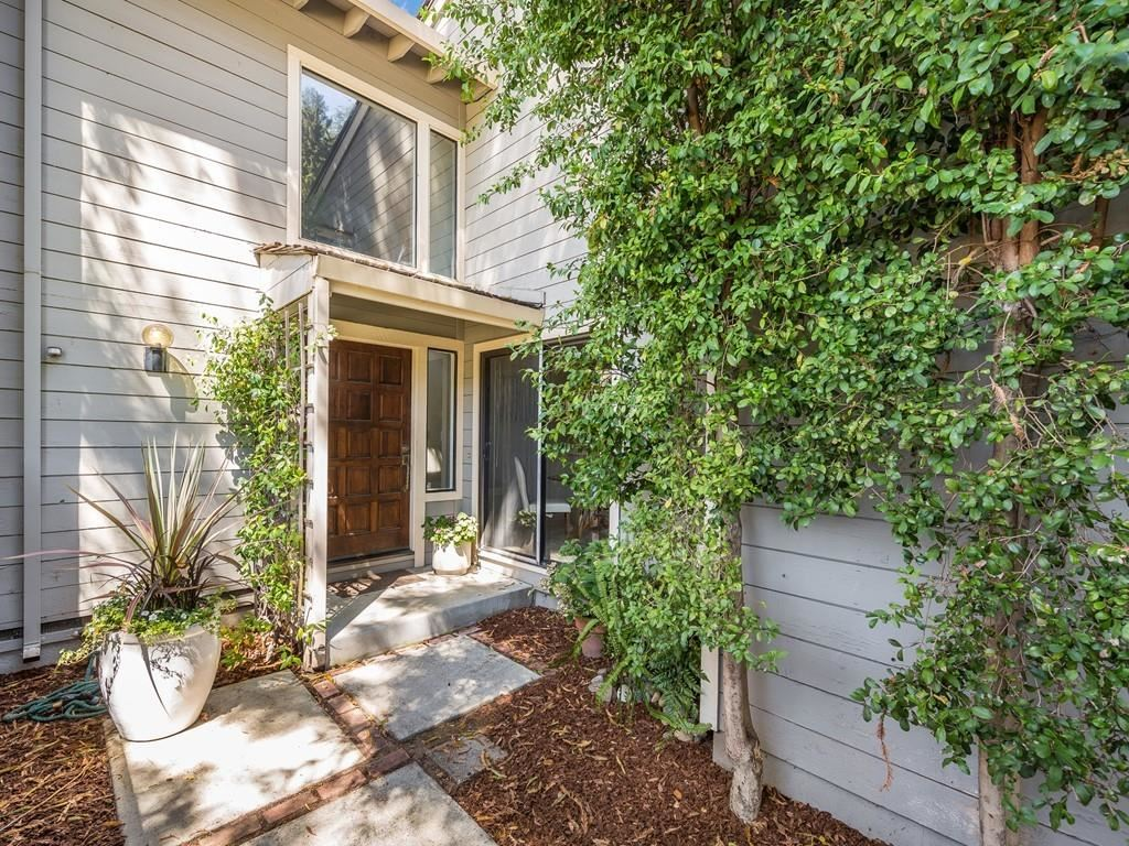 Photo for 401 Clearview DR, LOS GATOS, CA 95032 (MLS # ML81766155)