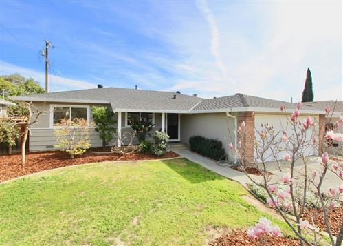 Photo of 874 Gwen DR, CAMPBELL, CA 95008 (MLS # ML81832158)