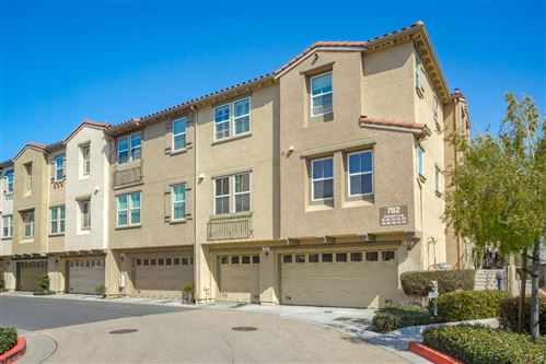Photo of 914 Claridad LOOP, MILPITAS, CA 95035 (MLS # ML81784159)