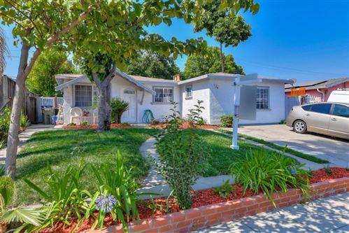Photo of 4009 San Ysidro WAY, SAN JOSE, CA 95111 (MLS # ML81812159)