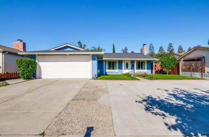 1737 Silvertree Drive, San Jose, CA 95131 - MLS#: ML81855159