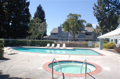 Photo of 1587 Four Oaks Circle, SAN JOSE, CA 95131 (MLS # ML81844160)