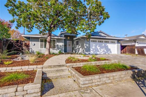 Photo of 4889 Banberry Way, SAN JOSE, CA 95124 (MLS # ML81868160)