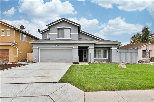 Photo of 1568 Cottonwood Drive, SALINAS, CA 93905 (MLS # ML81844161)