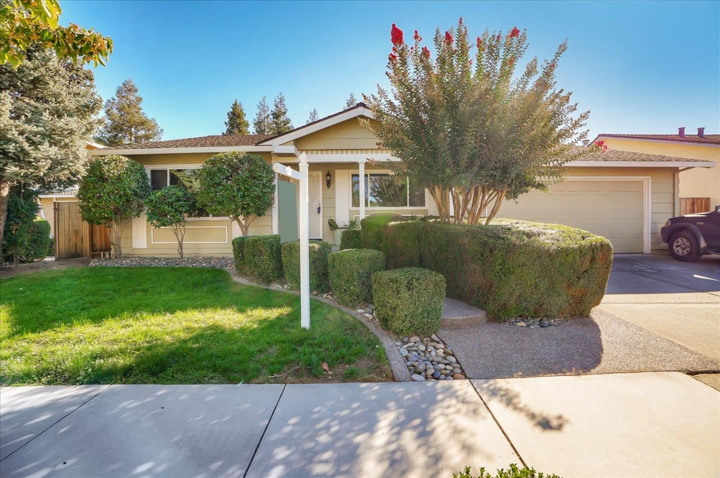 Photo for 1444 Blackwing WAY, GILROY, CA 95020 (MLS # ML81812162)