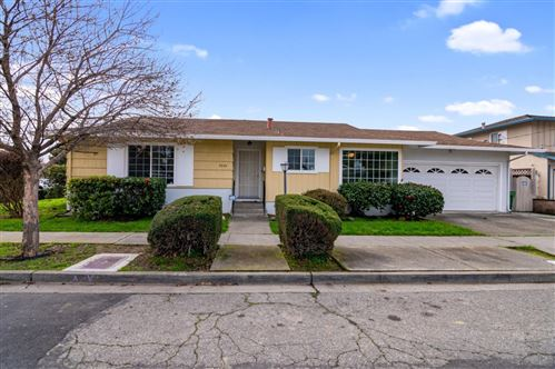 Photo of 2224 Thayer AVE, HAYWARD, CA 94545 (MLS # ML81782165)