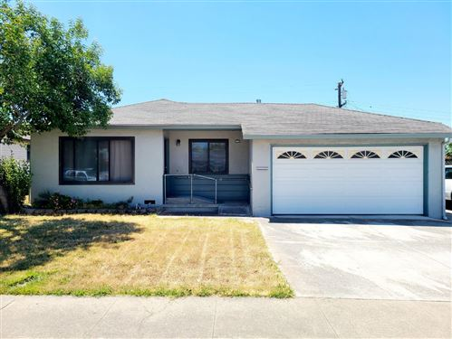 Photo of 170 Coelho ST, MILPITAS, CA 95035 (MLS # ML81798165)