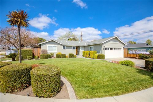 Photo of 1269 Redcliff DR, SAN JOSE, CA 95118 (MLS # ML81788166)