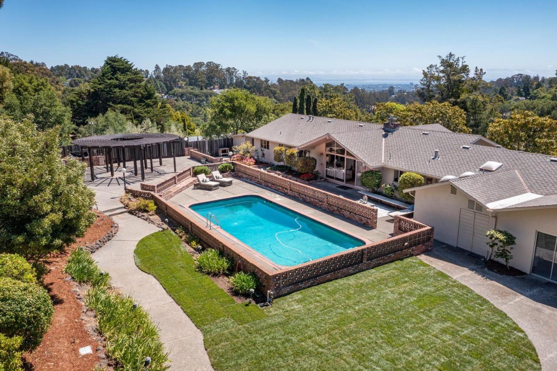 Photo for 20 Mosswood Road, HILLSBOROUGH, CA 94010 (MLS # ML81847167)
