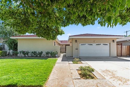 Photo of 6392 Menlo Drive, SAN JOSE, CA 95120 (MLS # ML81843168)