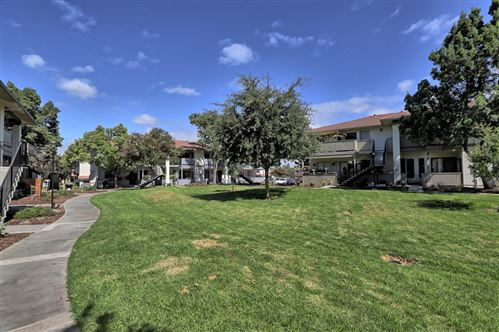 Photo of 402 Kenbrook Circle, SAN JOSE, CA 95111 (MLS # ML81864168)