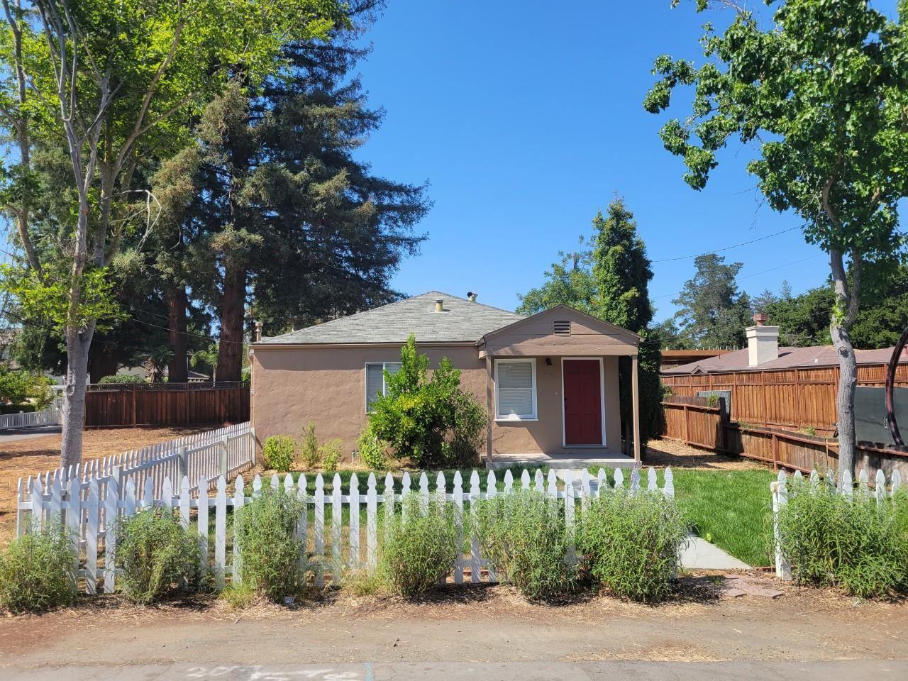 Photo for 441 Mundell Way, LOS ALTOS, CA 94022 (MLS # ML81853168)