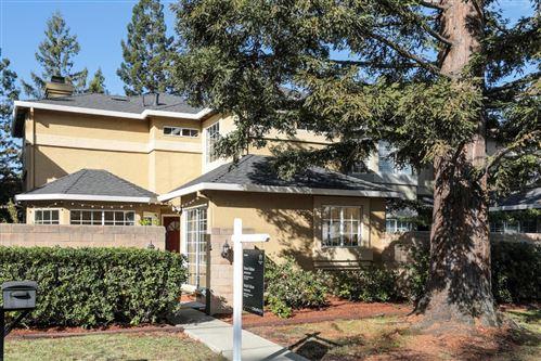 Photo of 1360 Redwood AVE, REDWOOD CITY, CA 94061 (MLS # ML81821169)