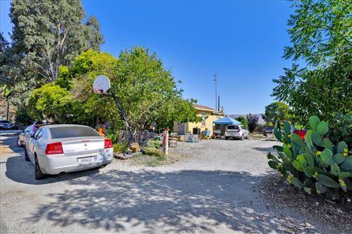 Photo of 14514 Crowner Avenue, SAN MARTIN, CA 95046 (MLS # ML81859171)