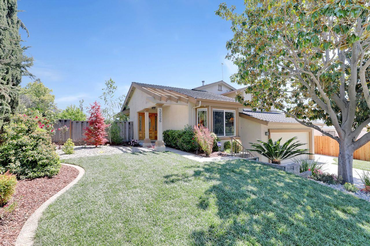 Photo for 3526 Pleasant Knoll Drive, SAN JOSE, CA 95148 (MLS # ML81837174)