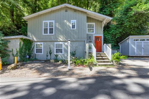Photo of 19160 Beardsley RD, LOS GATOS, CA 95033 (MLS # ML81799176)