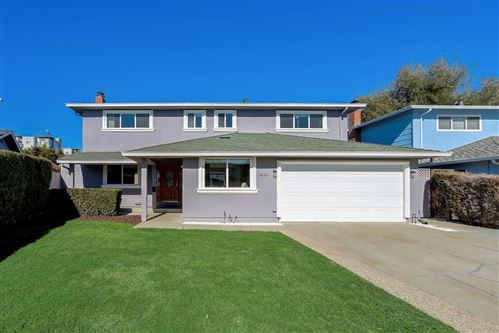 Photo of 3865 Eastwood CIR, SANTA CLARA, CA 95054 (MLS # ML81828181)