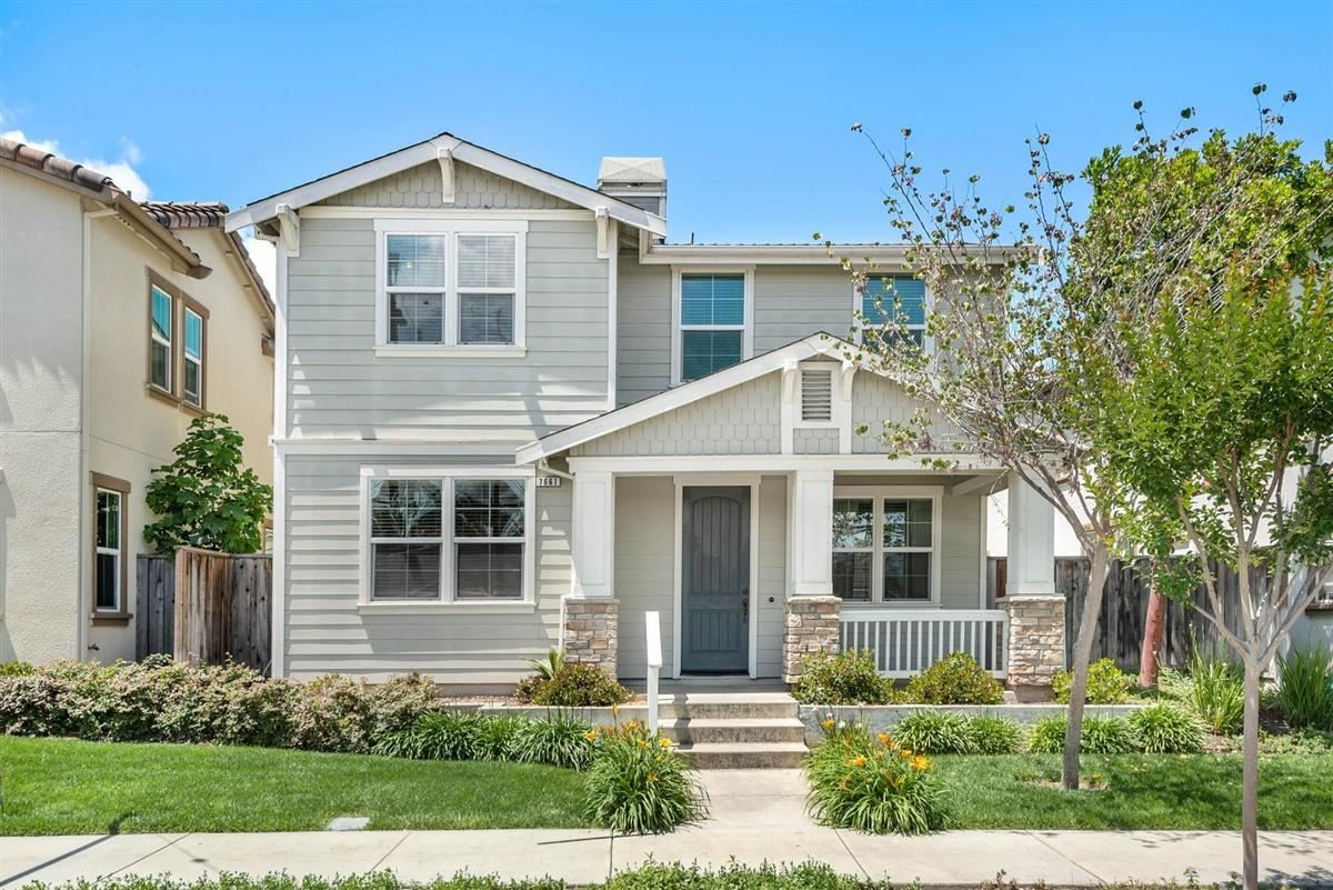 7661 Forest ST, Gilroy, CA 95020 - #: ML81793183