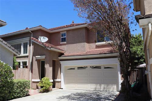 Photo of 2219 Pettigrew Drive, SAN JOSE, CA 95148 (MLS # ML81850185)
