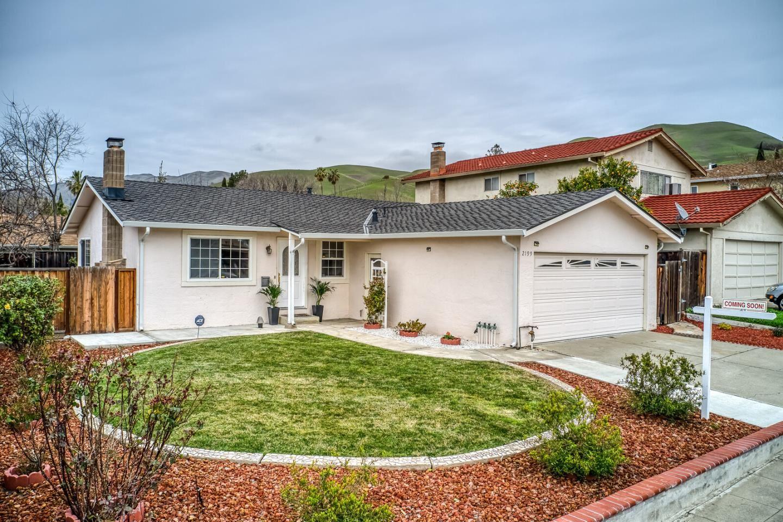 Photo for 2199 Mesa Verde DR, MILPITAS, CA 95035 (MLS # ML81830185)