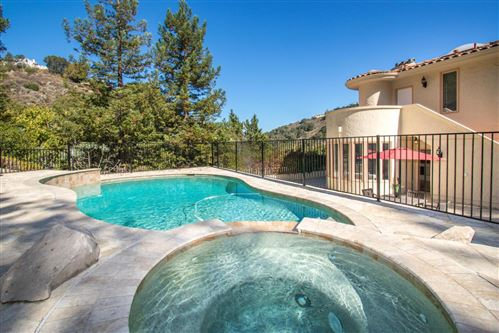 Tiny photo for 1020 Lakeview DR, HILLSBOROUGH, CA 94010 (MLS # ML81817186)