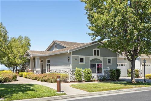 Photo of 9043 Village View LOOP, SAN JOSE, CA 95135 (MLS # ML81805187)