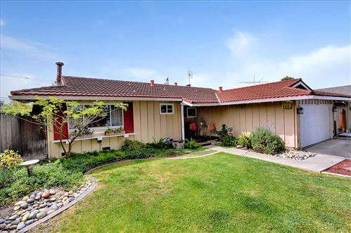 Photo of 5841 Arapaho DR, SAN JOSE, CA 95123 (MLS # ML81840192)