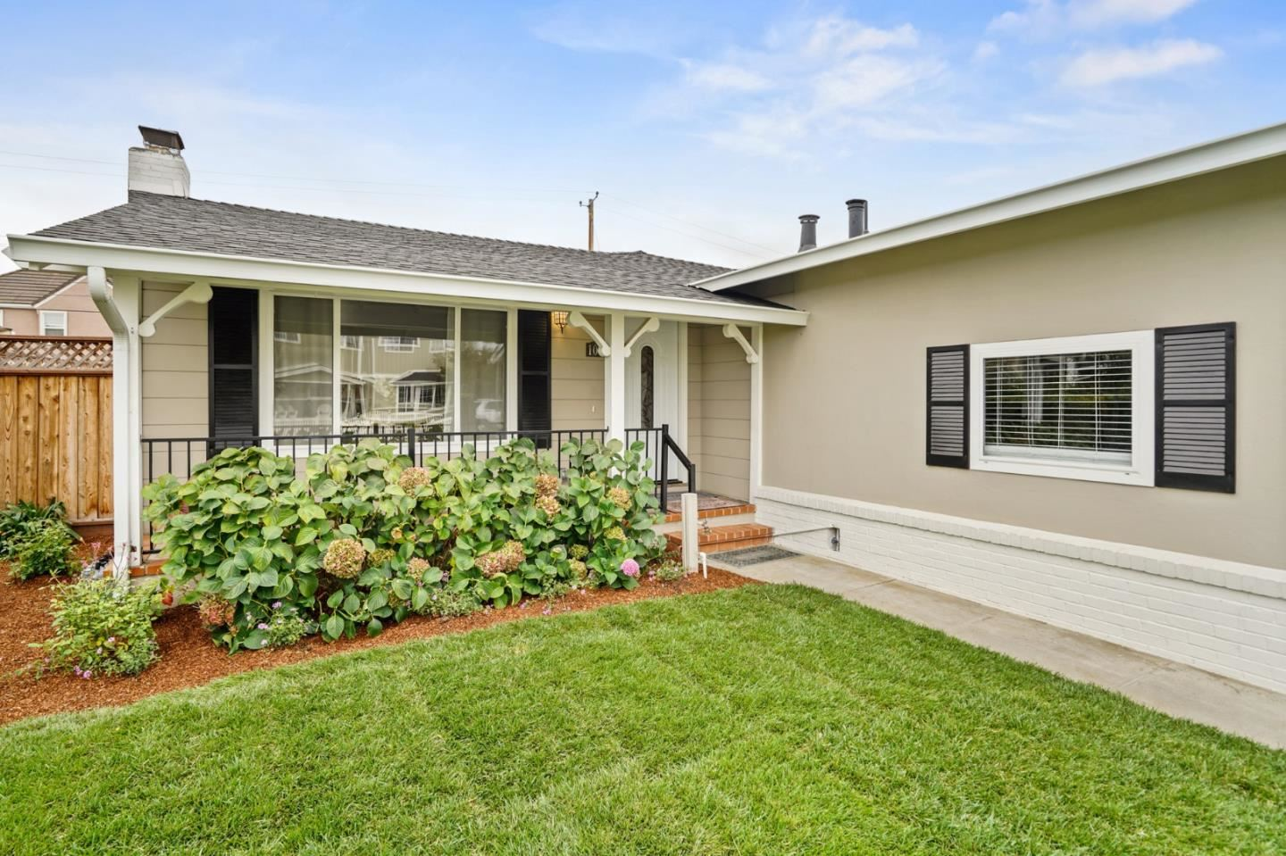 Photo for 1064 Lafayette ST, SAN MATEO, CA 94403 (MLS # ML81816192)