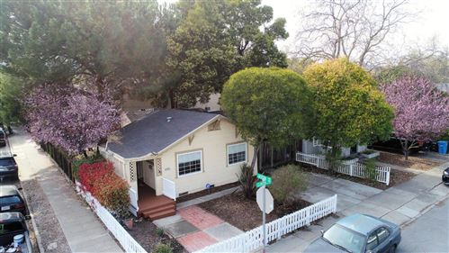 Photo of 650 Clinton ST, REDWOOD CITY, CA 94061 (MLS # ML81832193)
