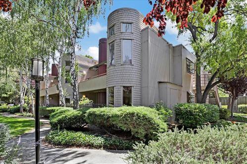 Photo of 928 Wright Avenue #807, MOUNTAIN VIEW, CA 94043 (MLS # ML81855194)