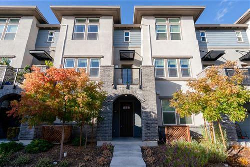 Photo of 561 San Pasqual Terrace #4, SUNNYVALE, CA 94085 (MLS # ML81868194)