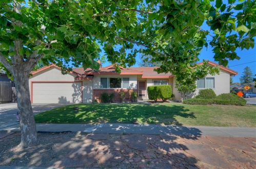Photo of 5453 Blossom Dale DR, SAN JOSE, CA 95124 (MLS # ML81800197)
