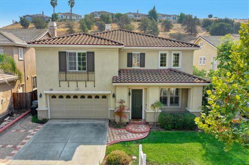 Photo of 1760 Indigo Oak LN, SAN JOSE, CA 95121 (MLS # ML81814197)